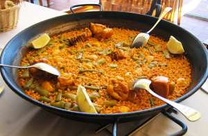 Menú de arroz marinero en restaurante El Ideal