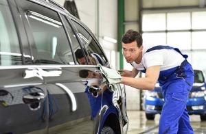 Limpieza manual completa de vehículo