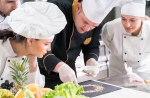 Aprende a cocinar y disfruta cocinando con Bilbao Laratz