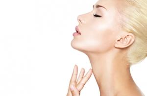 Mejora flacidez de cara, cuello o brazos