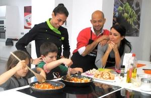 Curso de cocina en familia.