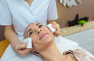 Higiene facial e higiene de espalda