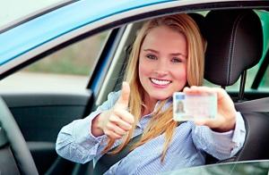 Carné de conducir B + clases desde 59€