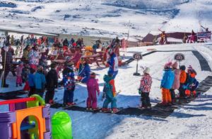 Cursillo de esquí o snowboard para niños en Alto Campoo
