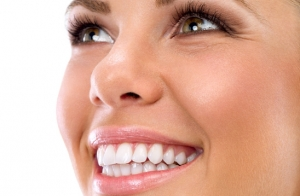 Limpieza bucal y 1ª sesión blanqueamiento